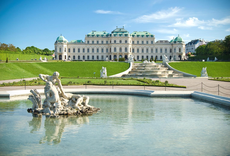 austria_vienna_belvedere_istock_000012944605large.jpg