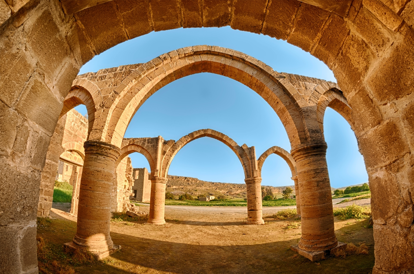 cyprus_nicosia_district_agios_sozomenos_temple_istock_000025430882large.jpg