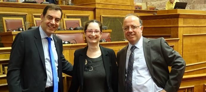 Left to right: Cedefop's G. Paraskevaidis, R. Voudouri and L. Zahilas